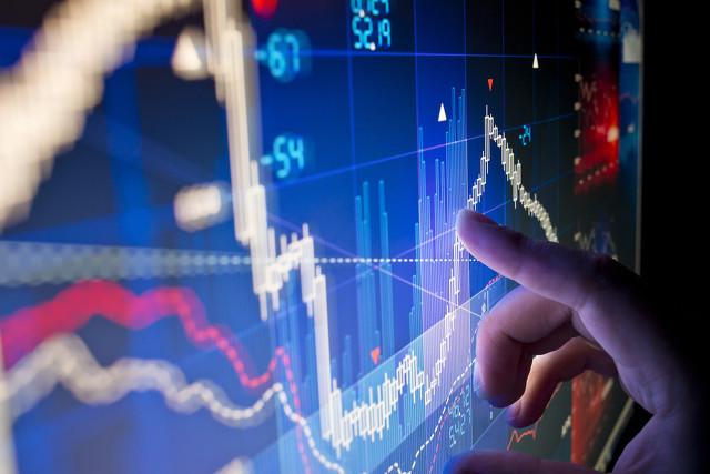 股指震荡走弱创指跌1.46%,银行股逆势崛起
